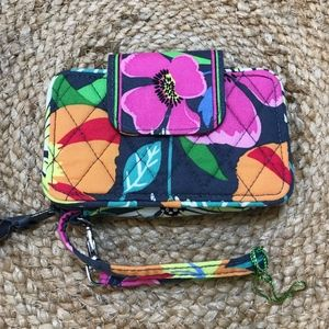 Vera Bradley Smartphone Wristlet Jazzy Blooms-NWOT